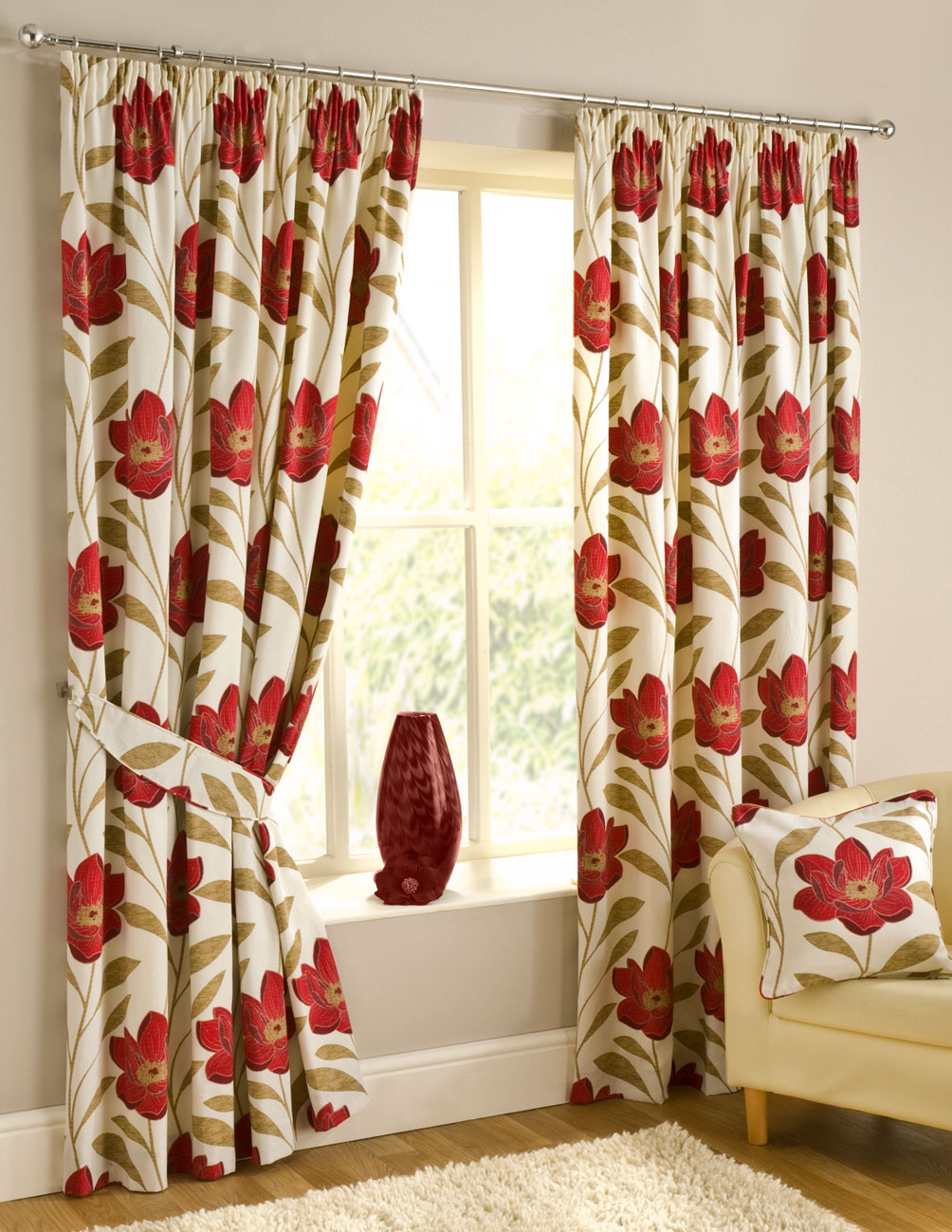 interior-inspiring-detail-of-the-curtain-with-big-red-floral-patterns-chic-types-of-drapes-to-prettify-your-interior
