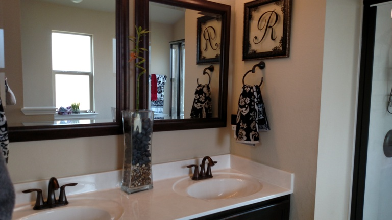 Master bath 2 homes for sale killeen tx red oak real estate - Bathroom remodel killeen tx ...