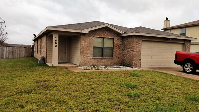 Beautiful 2 stories rental in killeen homes for sale for Home builders in killeen tx